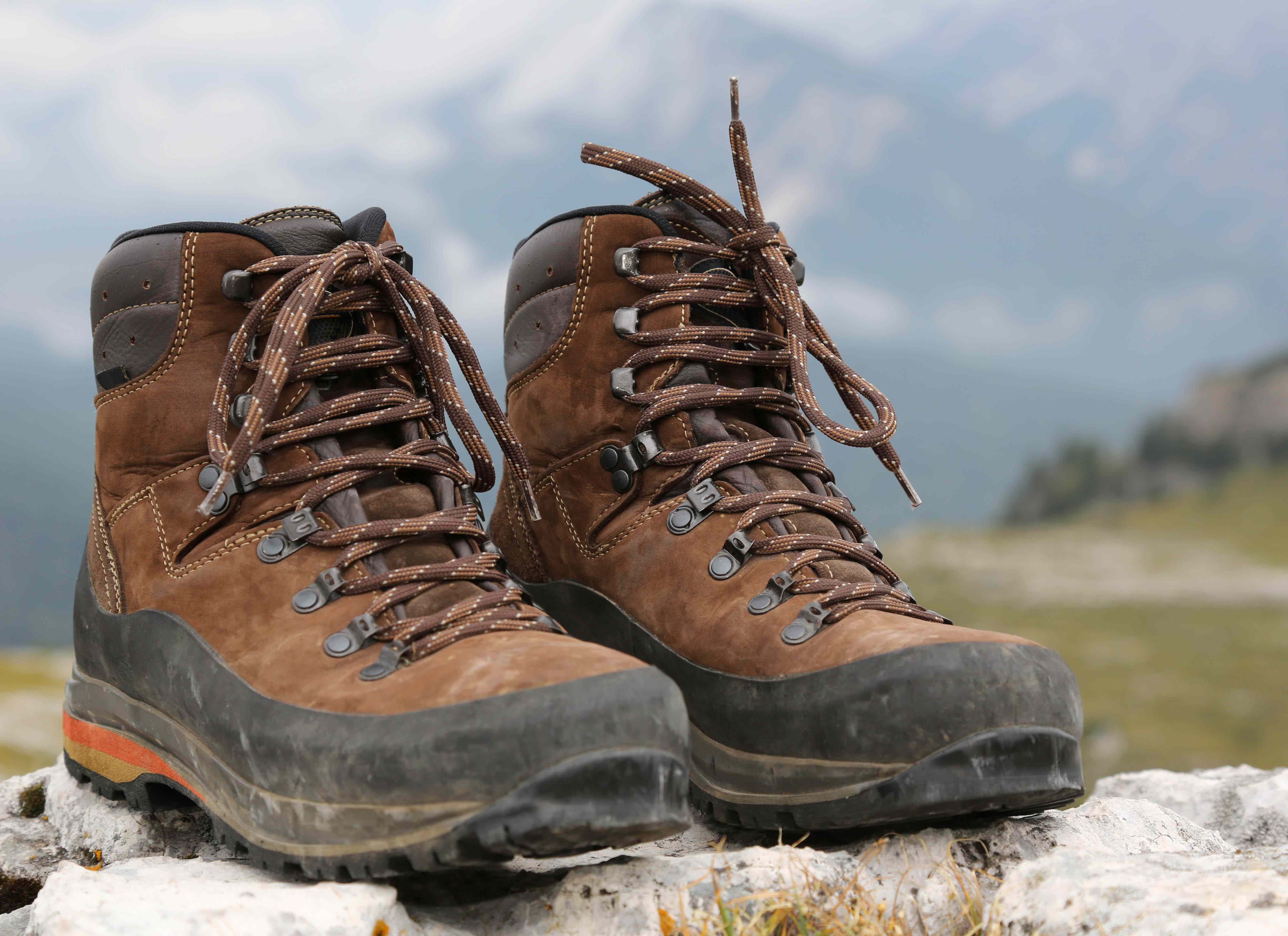 b7608a037e9 The 13 Best Waterproof Hiking Boots Reviews & Guide 2019